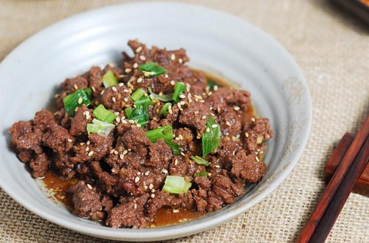 10-Kuliner-Khas-Korea-Selatan-yang-Wajib-Dicoba-Bulgogi