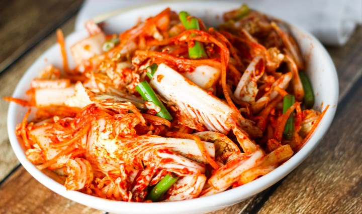 10-Kuliner-Khas-Korea-Selatan-yang-Wajib-Dicoba-Kimchi