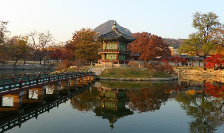 Megahnya-Peninggalan-Sejarah-Dinasti-Joseon-Gyeongbok.