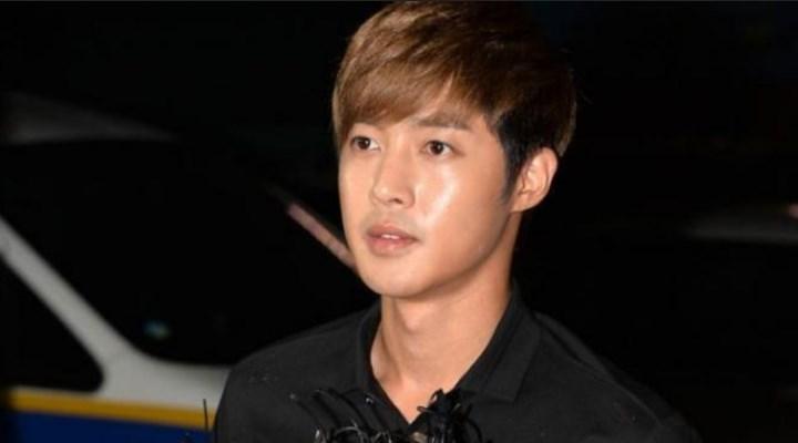 Kim-Hyun-Joong-Gelar-Fanmeeting-Usai-Keluar-Wamil