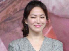 Cinta-Budaya-Song-Hye-Kyo-Sebarkan-10-Ribu-Pamflet-Sejarah-Korea-di-Jepang