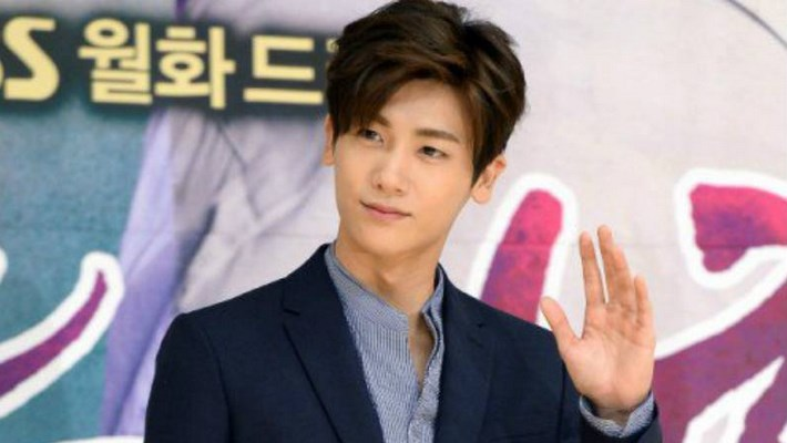 Tinggalkan-ZEA-Hyungsik-Mantap-Akting-Bersama-Agensi-Khusus-Aktor-Aktris.
