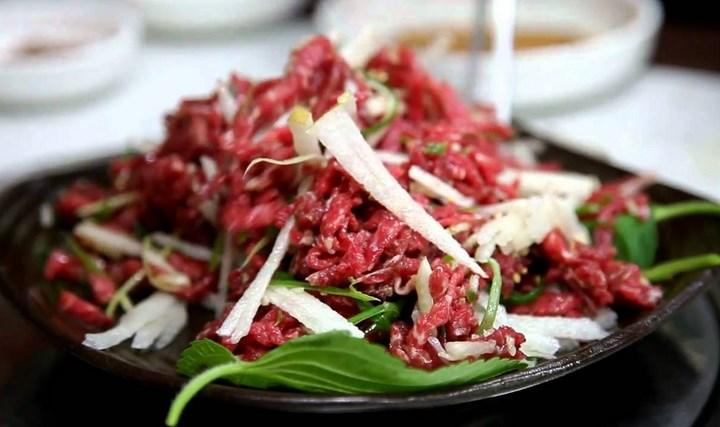 8-Wisata-Kuliner-Populer-di-Korea-di-Korea-Selatan-Yukhoe