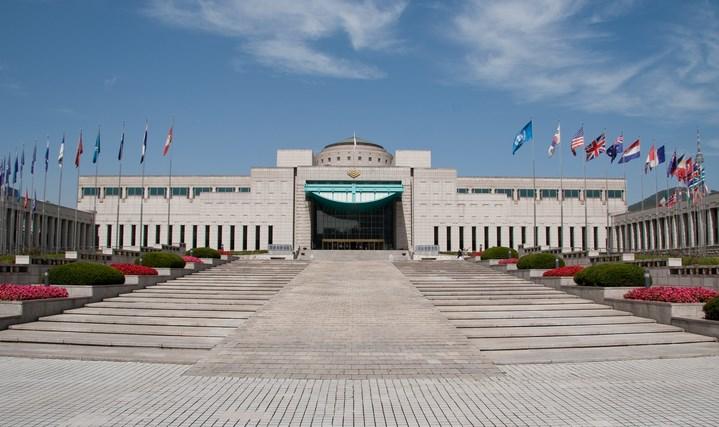 Daftar-Wisata-Menarik-Di-Kota Seoul-War-Memorial-of-Korea