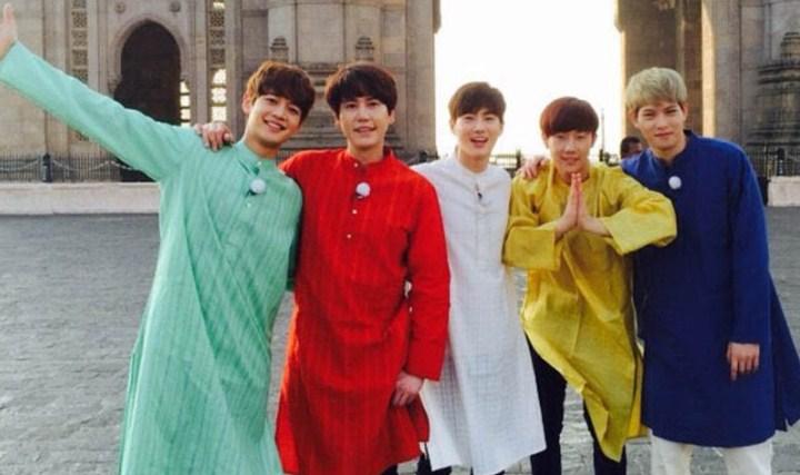 2-Tahun-Berselang,-Warga-India-Baru-Tahu-Pernah-Difoto-Oleh-Suho-EXO-dan-Minho-SHINee-Di-Program-'Fluttering-India'