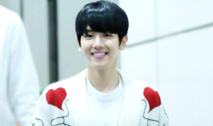 8-Idol-Pria-Ini-Punya-Senyuman-Terindah-Baekhyun-EXO