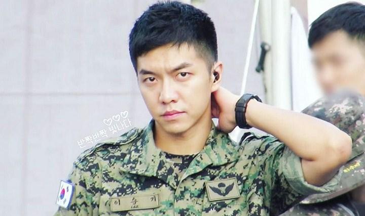 Baru-Dapat-Jatah-Libur,-Lee-Seung-Gi-Kembali-Jalani-Aktivitas-Jadi-Tentara-Aktif.