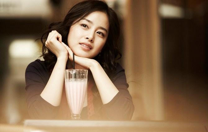 Hamil-3-Bulan,-Kim-Tae-Hee-Batasi-Aktivitas