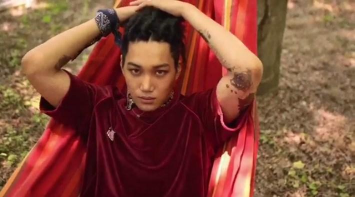 Rilis-Teaser-Clip-Pertama-EXO-'The-War',-Kai-Tampil-Menggoda-Dengan-Rambut-Gimbal
