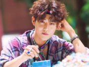Teaser-Clip-Ke-5-EXO-'The War',-Suho-Usung-Gaya-Fashion-Pita-Di-Leher