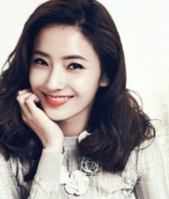 Han-Chae-Young-Pamer-Proporsi-Wajah-Dan-Tubuh-Sempurna,-Netter-Muak!