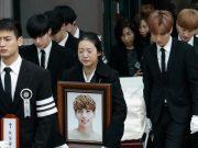 Minho-SHINee-Terlihat-Tabah-Di-Rumah-Duka-Hingga-Upacara-Pemakaman-Jonghyun