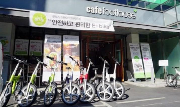 7-Cafe-Unik-Di-Kota-Seoul,-Rugi-Jika-Tidak-Dikunjungi!-Footloose-Cafe