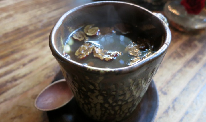 7-Minuman-Unik-Korea-Selatan,-Pernah-Coba-Teh-Daechu