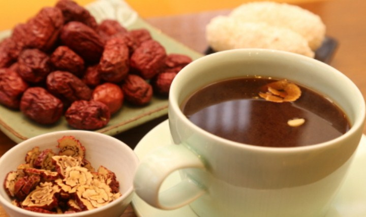9 -Minuman-Populer-Korea-Selatan-Selain-Soju-Daechu-Tea