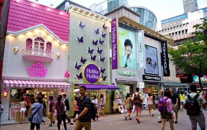 Myeongdong,-Surga-Para-Wanita-Untuk-Belanja-Kosmetik