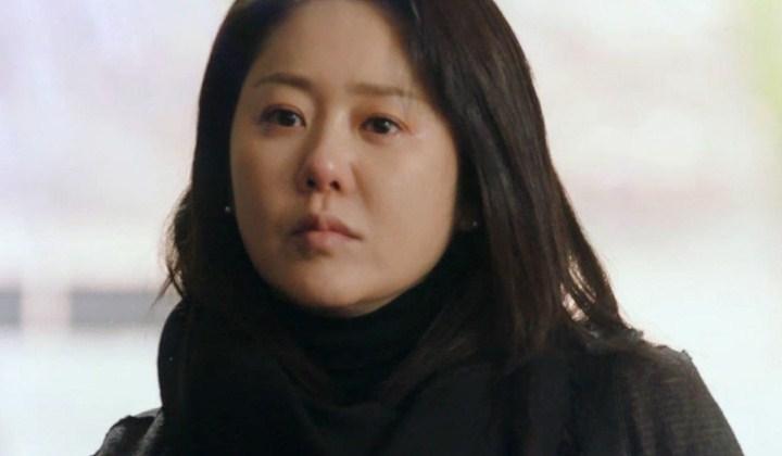 Berselisih-Paham,-Go-Hyun-Jung-Pukul-Sutradara-Dan-Tak-Lanjutkan-Syuting-Drama 'Return'