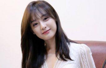 Disetarakan-Dengan-Kim-Tae-Hee,-Kim-Ji-Won-Tak-Merasa-Cantik