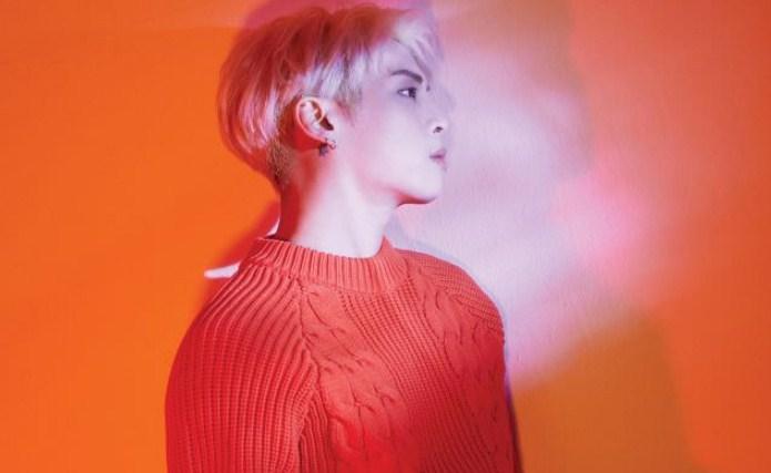 Sabet-Dua-Trofi,-Lagu-'Shinin'-Mendiang-Jonghyun-SHINee-Tuai-Banyak-Pujian