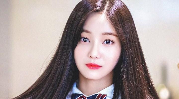 Yeonwoo-MOMOLAND-Senang-Disebut-Kembaran-Tzuyu-TWICE