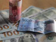 Jadi Idola Asia, Rupiah Bisa Tembus Rp 14.100/US$ Pekan Ini?